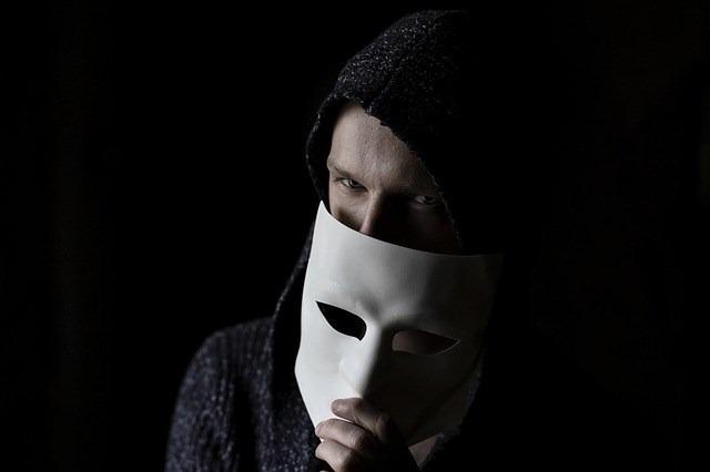👨 Как иностранные шпионы вербуют людей в социальных сетях |