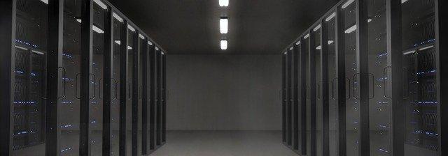 🗄️ WTLAN | Пять основных моментов при выборе напольных серверных шкафов